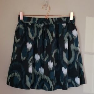 Gap skirt size small